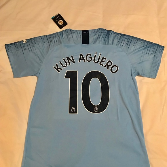 best sneakers c96ee d5f02 Brand new Aguero 18/19 man city jersey Boutique
